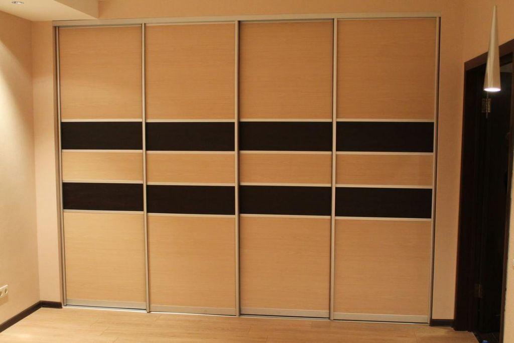 Встраиваемый шкаф-купе в прихожую: разновидности на 40 фото.