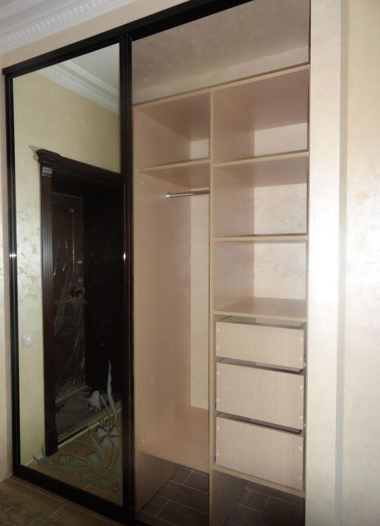 шкаф купе 3 х дверный с зеркалом венге со светлым деревом